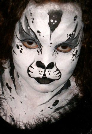 Face Painting Tigers, Cheetas, Cats and More in Claremont, La Verne, San Dimas and Upland for Corporate Business Events and Children's Parties