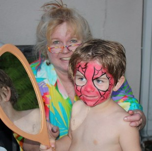 Face Painter in Claremont, La Verne, San Dimas, Glendora, Upland, Montclair, Rancho Cucamonga, Azusa and Pomona